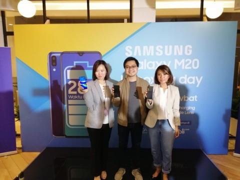 Samsung M20 Muncul, Fokus Baterai Besar
