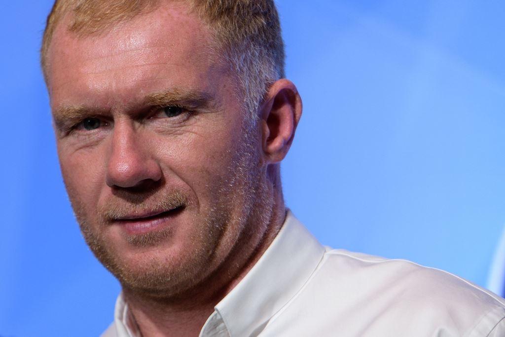 Pelatih baru Oldham Athletic, Paul Scholes (AFP/Anthony Wallace)