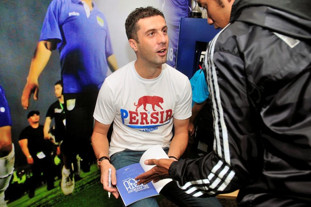 Pelatih baru Persib Bandung, Miljan Radovic (Foto: FOTO ANTARA/Agus Bebeng)