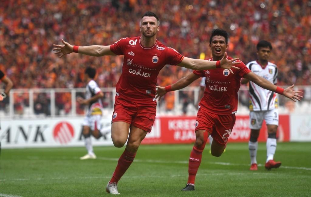 Momen saat striker Persija Jakarta Marko Simic berselebrasi usai bobol gawang Mitra Kukar (Foto: Antara/Akbar Nugroho Gumay)