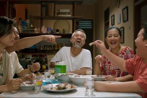 Akhir Pekan Ketiga, Film Orang Kaya Baru Mencapai Sejuta Penonton