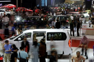 RI Bidik Peringkat 12 Eksportir Mobil Dunia