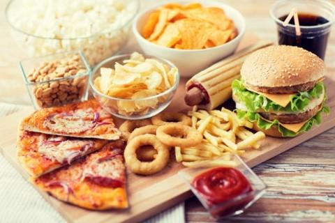 Makanan Camilan yang Sering Dikira Tak Mengandung Kolesterol
