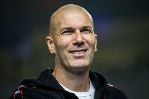 Zinedine Zidane Diprediksi Latih Juventus