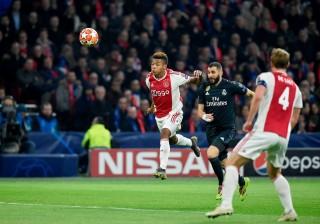 Sengit, Ajax Kontra Real Madrid Masih Sama Kuat