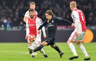 Madrid Menderita Hadapi Ajax