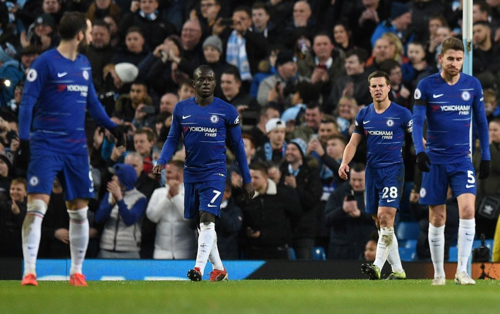 Ekspresi kekecewaan para pemain Chelsea saat dibobol striker Manchester City Sergio Aguero (Foto: AFP/Oli Scarff)
