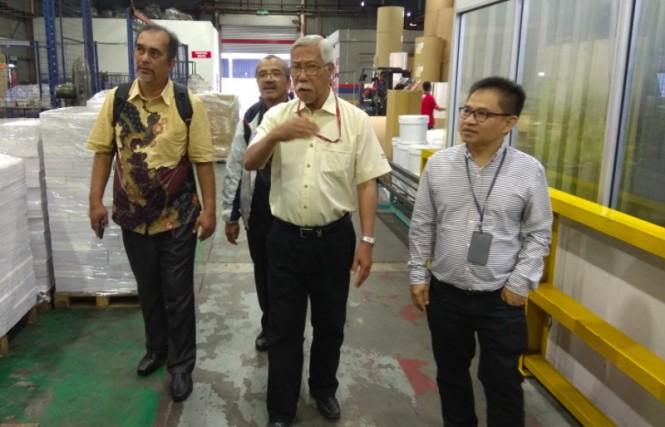 Penasihat Eksekutif Editorial Sinar Harian, Abdul Jalil (tengah) (Foto: Willy Haryono/Medcom.id).