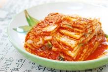 Kimchi dan Makanan Fermentasi Terbaik Lainnya untuk Kesehatan Usus