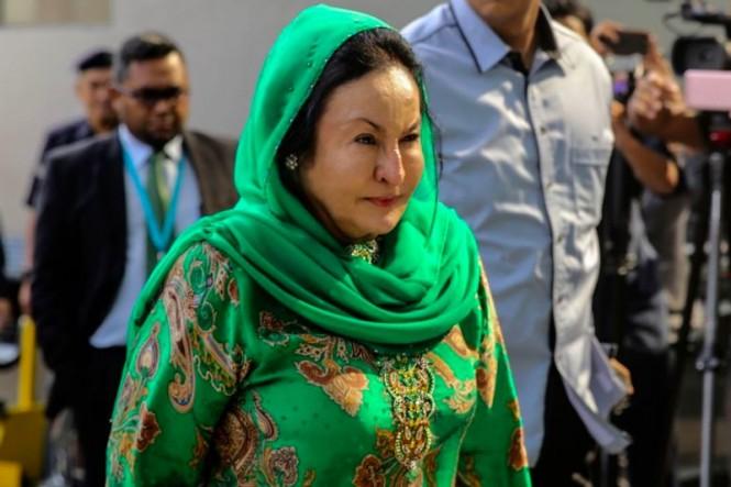 Datin Seri Rosmah Mansor diperintahkan oleh Pengadilan Tinggi untuk mengonfirmasi keberadaan 44 perhiasan. (Foto: AFP).