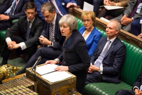 Tamparan Baru untuk PM Inggris Terkait Brexit