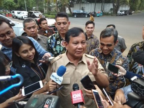 Prabowo Dinilai Lempar Hoaks Harga Beras dan Daging