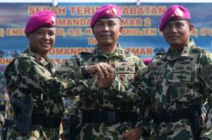 Dankormar Pimpin Sertijab Dankolatmar TNI AL dan Danpasmar 2