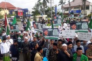 Fadli Zon Didesak Minta Maaf Soal Puisi 'Doa yang Ditukar'