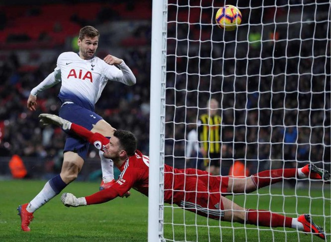 Penyerang Tottenham Hotspur, Fernando Llorente (AFP/Adrian Dennis)
