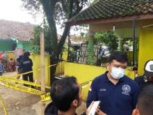 Puslabfor Mabes Polri Olah TKP Ledakan Granat Bogor