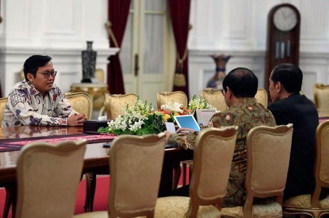 CEO Bukalapak Achmad Zaky meminta maaf atas cuitannya di Twitter yang dianggap mendukung salah satu pasangan calon presiden kepada Presiden Jokowi. Foto: Antara Foto/Puspa Perwitasari.
