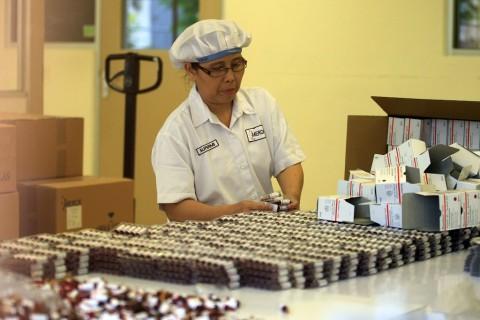 Produk Farmasi Indonesia Laris Manis di Kamboja
