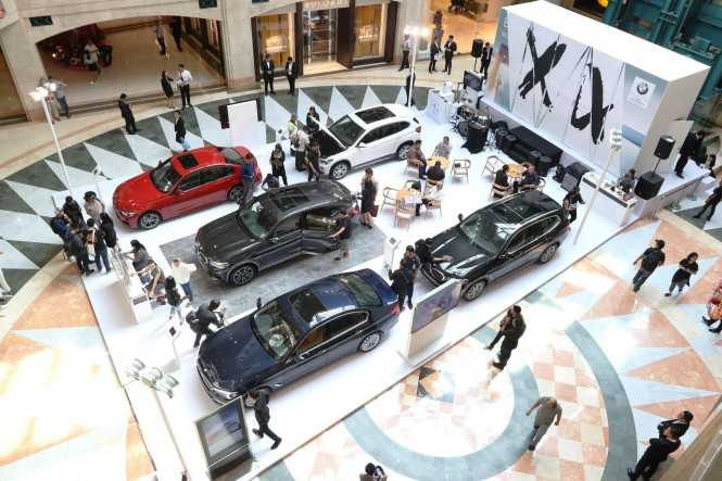 Pameran BMW di Plaza Senayan. BMW