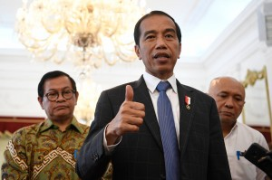 Jokowi: Hentikan Uninstall Bukalapak