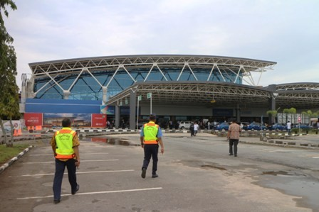 Bandara Supadio Ditutup Sementara