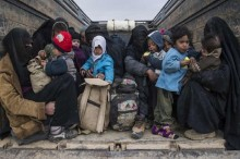 Ribuan Warga Masih Terperangkap di Markas Terakhir ISIS