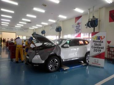Kontes Layanan Menjadi Tolak Ukur Kualitas SDM Otomotif