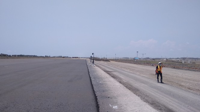 Landasan bandara NYIA yang sebagian telah teraspal. Medcom.id/Ahmad Mustaqim