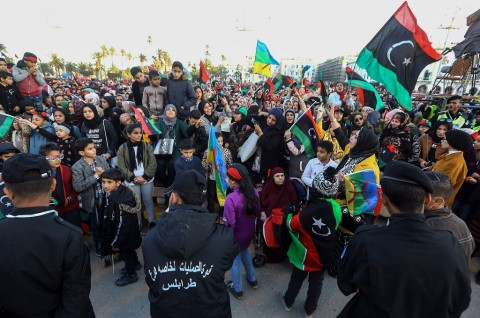 Ribuan Warga Libya Peringati 8 Tahun Jatuhnya Diktator