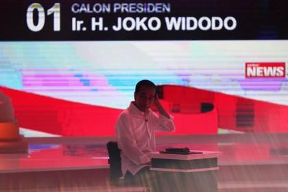 Isu Alat Bantu Saat Debat Cermin Kehebatan Jokowi