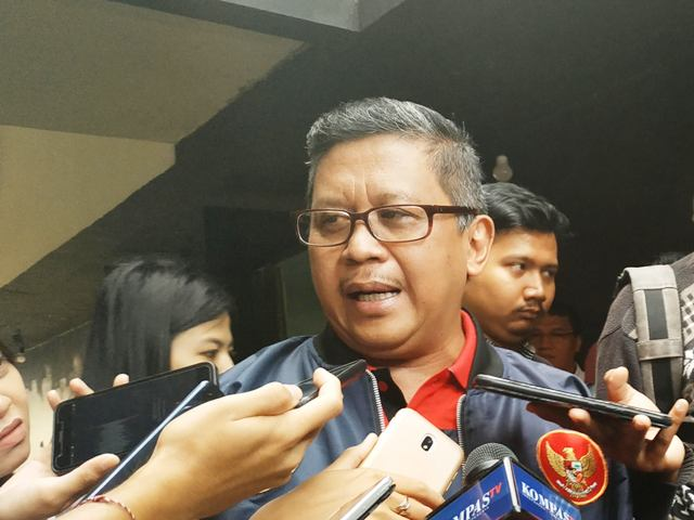 Wakil Ketua TKN Hasto Kristiyanto. Foto: Medcom.id/Ilham Pratama.