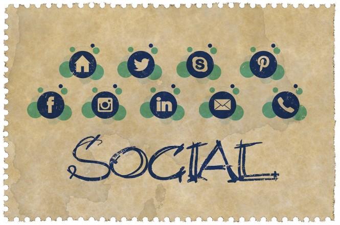 Pengguna perlu lebih memperhatikan informasi yang dibagikan ke media sosial untuk keamanan.