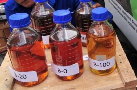 Ribut-Ribut Soal Solar B100, Industri Masih Tahap Riset B30
