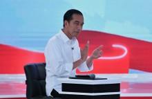 Jokowi: Debat Kok Dilaporkan?