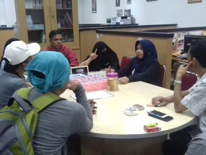 Guru di Battam Tuntut NIP yang Tertahan