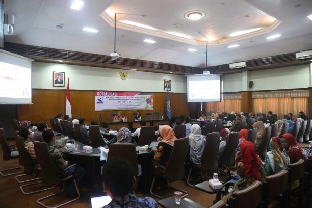 Sosialisasi mengenai pemberdayaan oleh dosen di Universitas Muhammadiyah Malang, Medcom.id/Daviq Umar Al Faruq.