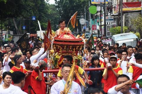 Semarak Perayaan Cap Go Meh di Sejumlah Daerah