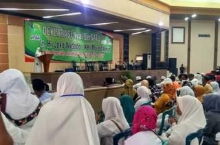 Emak-emak Ponpes Tapal Kuda Deklarasi Dukung Jokowi-Ma'ruf