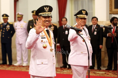 Syamsuar-Edy Resmi Dilantik Jadi Gubernur dan Wagub Riau