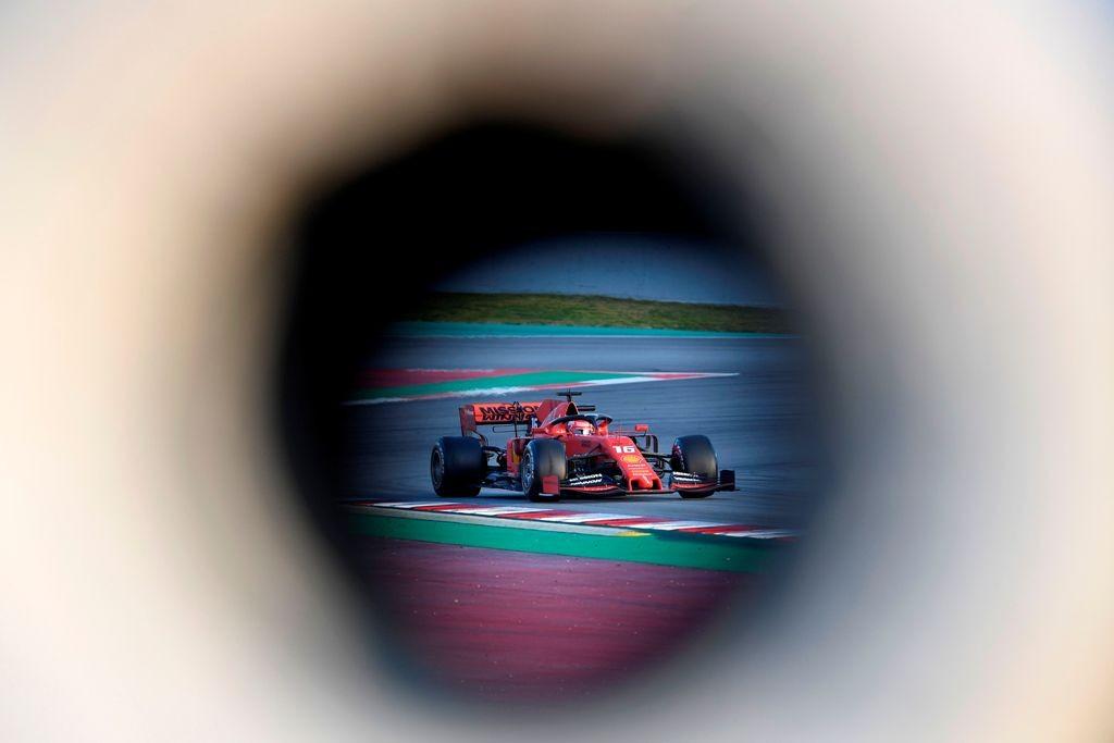 Dominasi Ferrari Berlanjut, Leclerc Tercepat di Hari Kedua