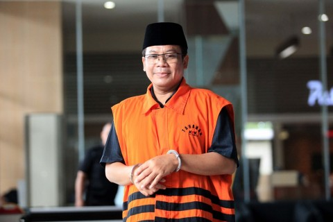 PAN Tak Buru-buru Ganti Taufik Kurniawan