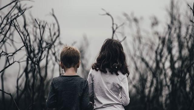 Hindari konflik dengan anak yang menunjukkan bahwa Anda sebagai orang tua berhak untuk berkuasa atas segala tindakan. (Foto: Annie Spratt/Unsplash.com)