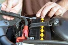 Lima Hal yang Mempengaruhi Usia Aki Motor