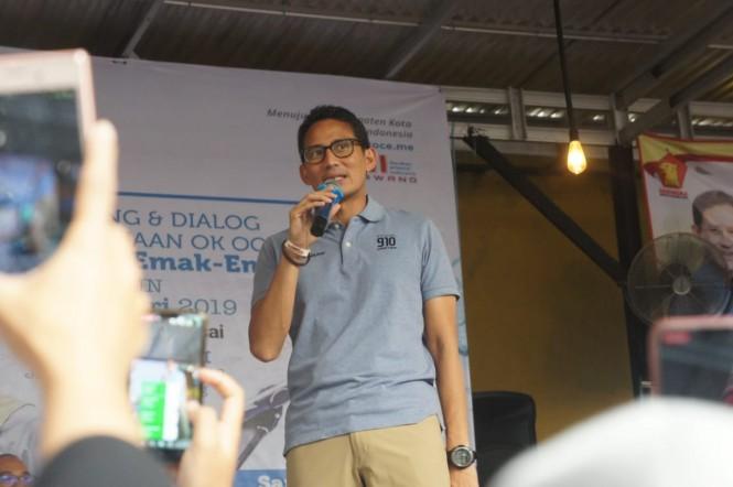 Cawapres Sandiaga Uno saat monitoring dan dialog kewirausahaan OK Oce di Karawang, Jawa Barat. Foto: MI/Cikwan.