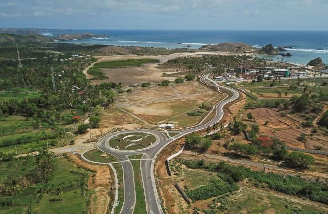 Kawasan Ekonomi Khusus Mandalika yang nantinya bakal disulap jadi Siruit Jalan Raya untuk menggelar MotoGP mulai 2021 - 2023. (Antara - Ahmad Subaidi)