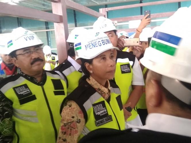 Menteri BUMN, Rini Soemarno saat memantau progres pembangunan bandara NYIA di Kulon Progo, Daerah Istimewa Yogyakarta, Kamis, 21 Februari 2019. Medcom.id/Ahmad Mustaqim