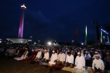 Fadli Zon Sebut Aksi Munajat 212 Bebas Unsur Politis