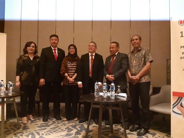 (Indonesian Society of Hypertension (InaSH) mengimbau generasi milenial untuk rutin mengecek kadar hipertensi lantaran tren prevalensi meroket)
