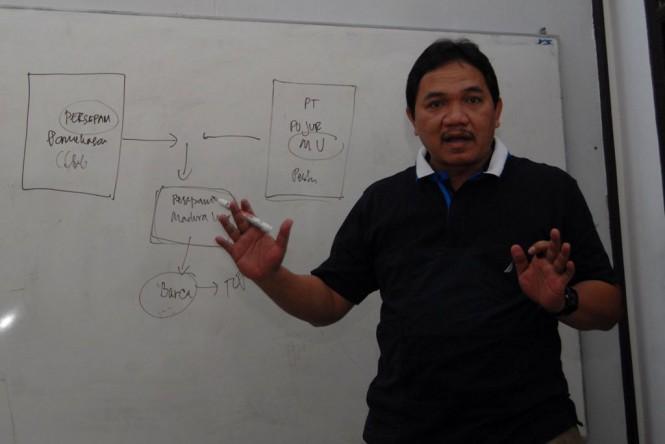 Achsanul Qosasih manajer Madura United (Antara - Saiful Bahri)