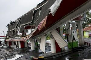 Puting Beliung Rusak SPBU dan Puluhan Rumah di Sukabumi